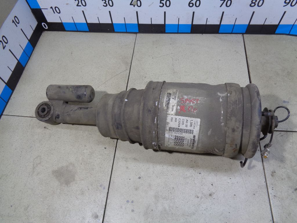 Амортизатор задний правый AH3218W003AF