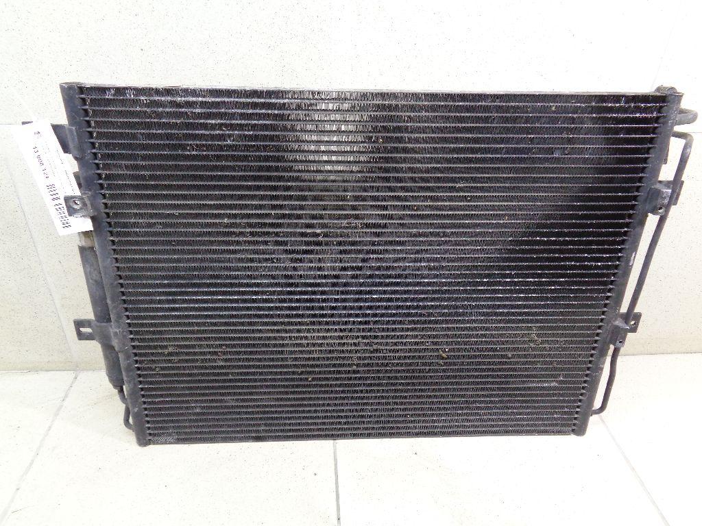 Радиатор кондиционера (конденсер) LR015556