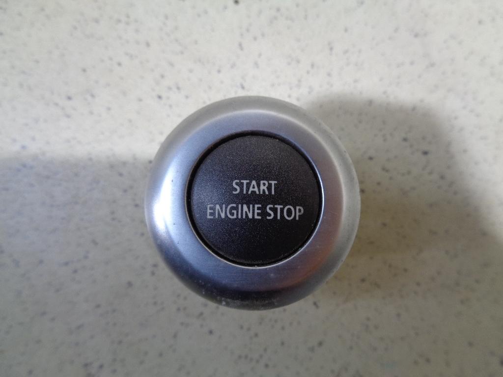 Кнопка запуска двигателя LR014015