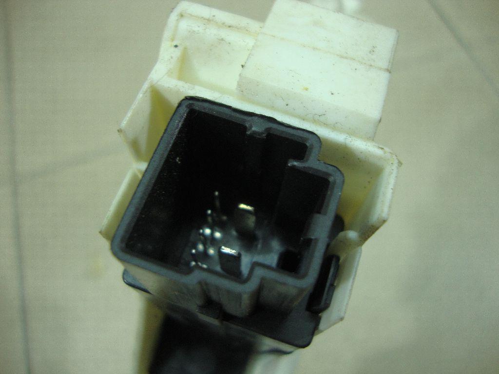 Моторчик стеклоподъемника CVR000010