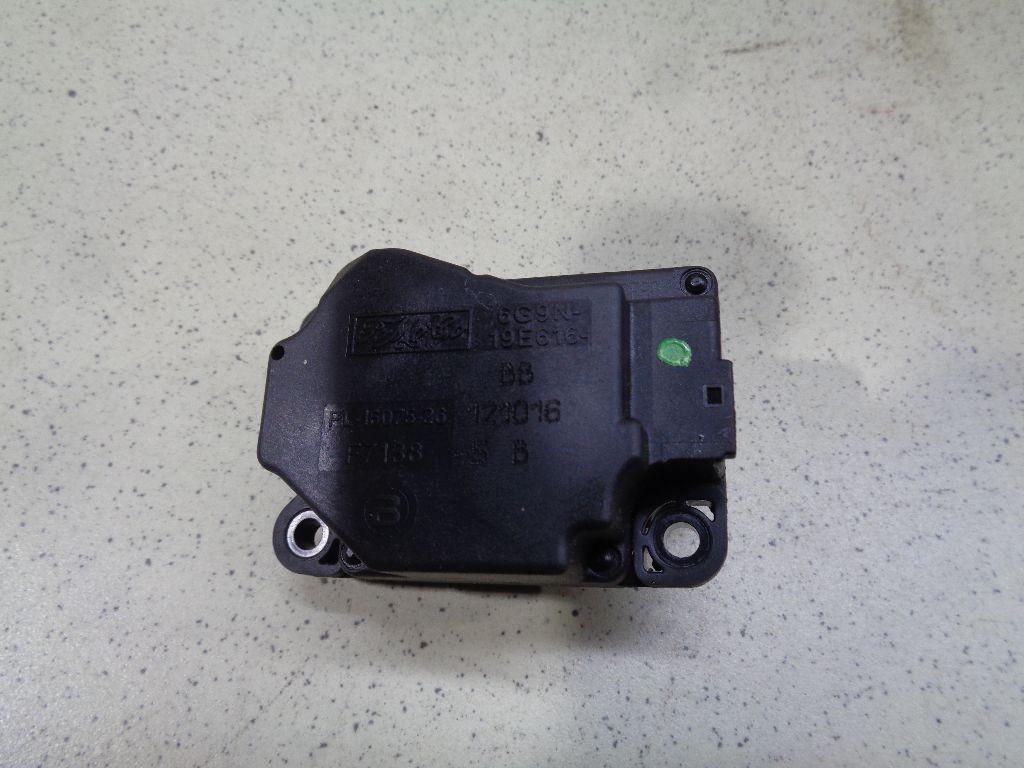 Моторчик заслонки отопителя LR022168