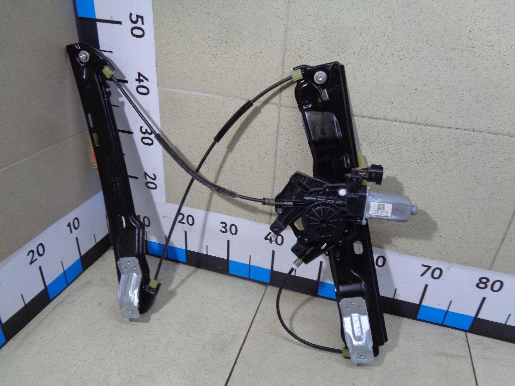 Стеклоподъемник электр. передний левый LR026709