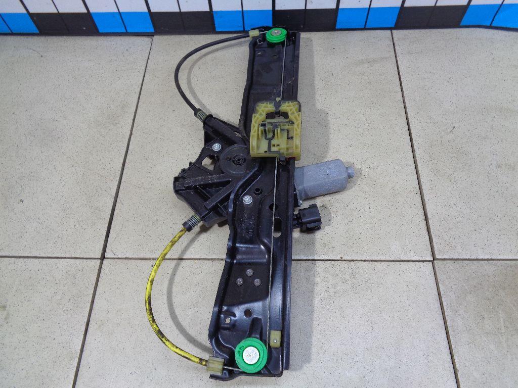 Стеклоподъемник электр. задний левый LR026718