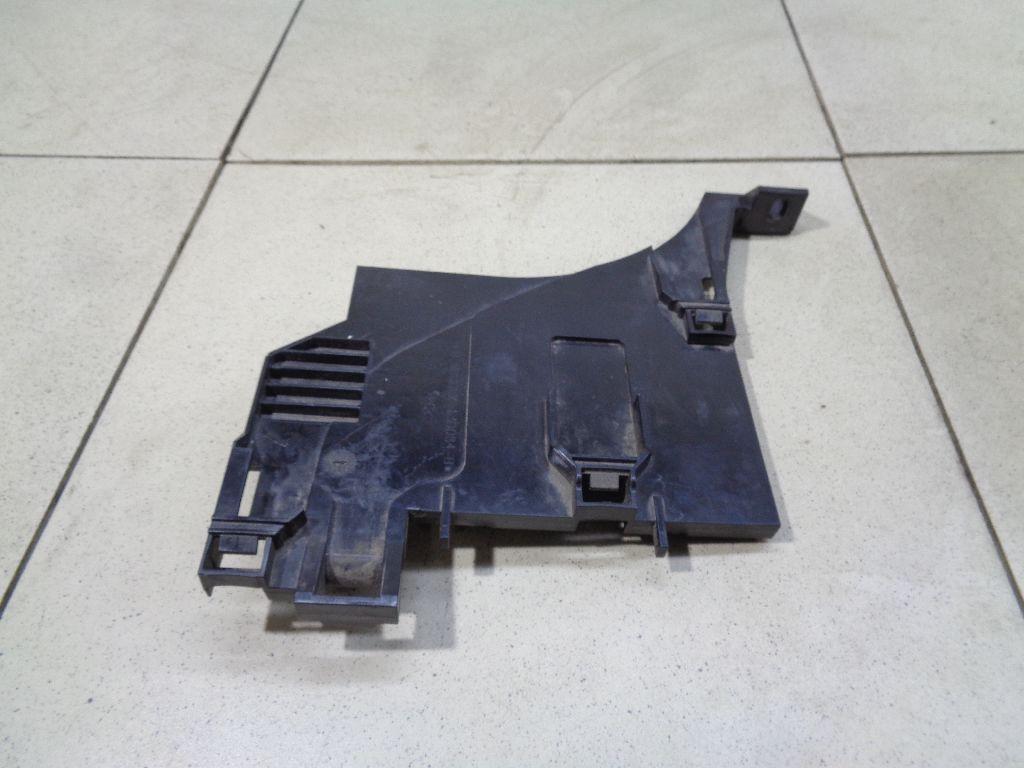Кронштейн фар левый LR044484