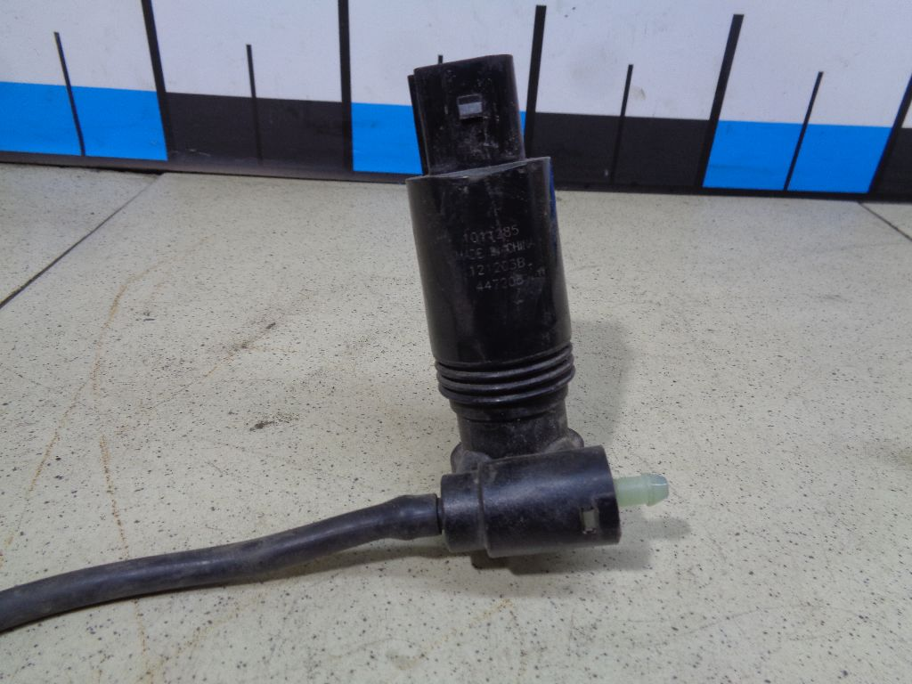 Насос омывателя LR027685
