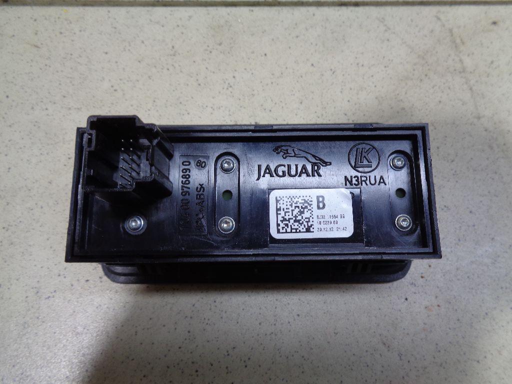 Кнопка освещения панели приборов LR025943
