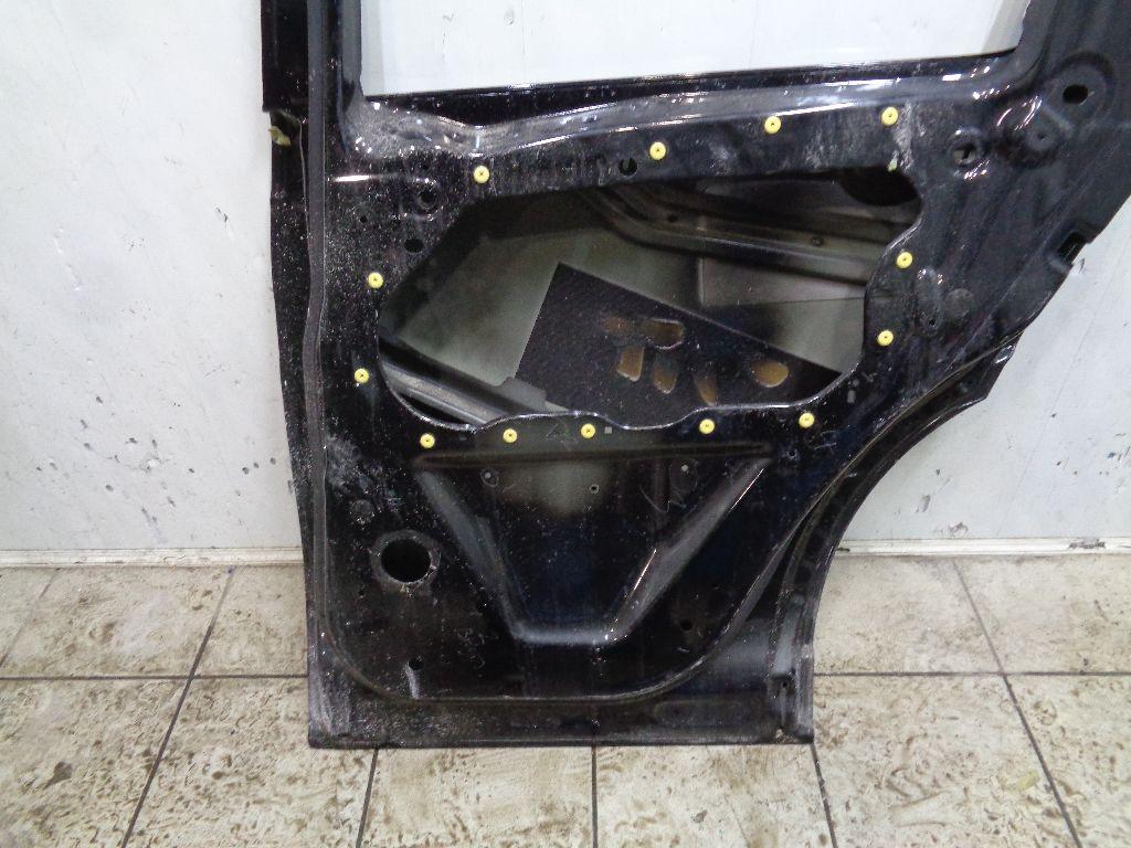 Дверь задняя правая LR061284