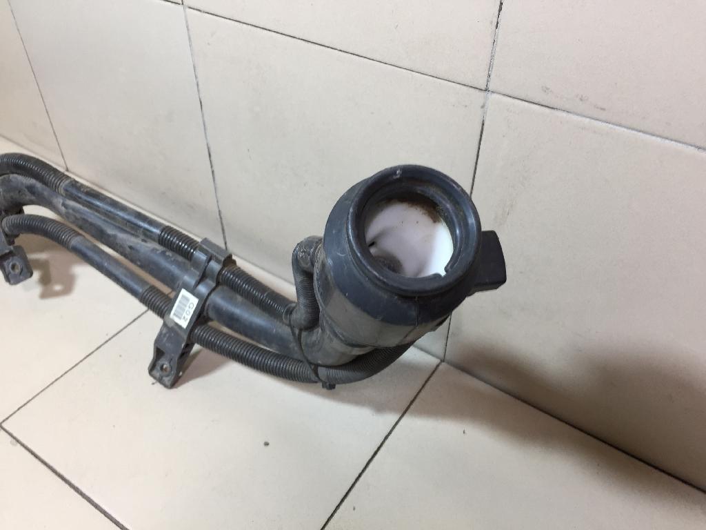 Горловина топливного бака 310302P000