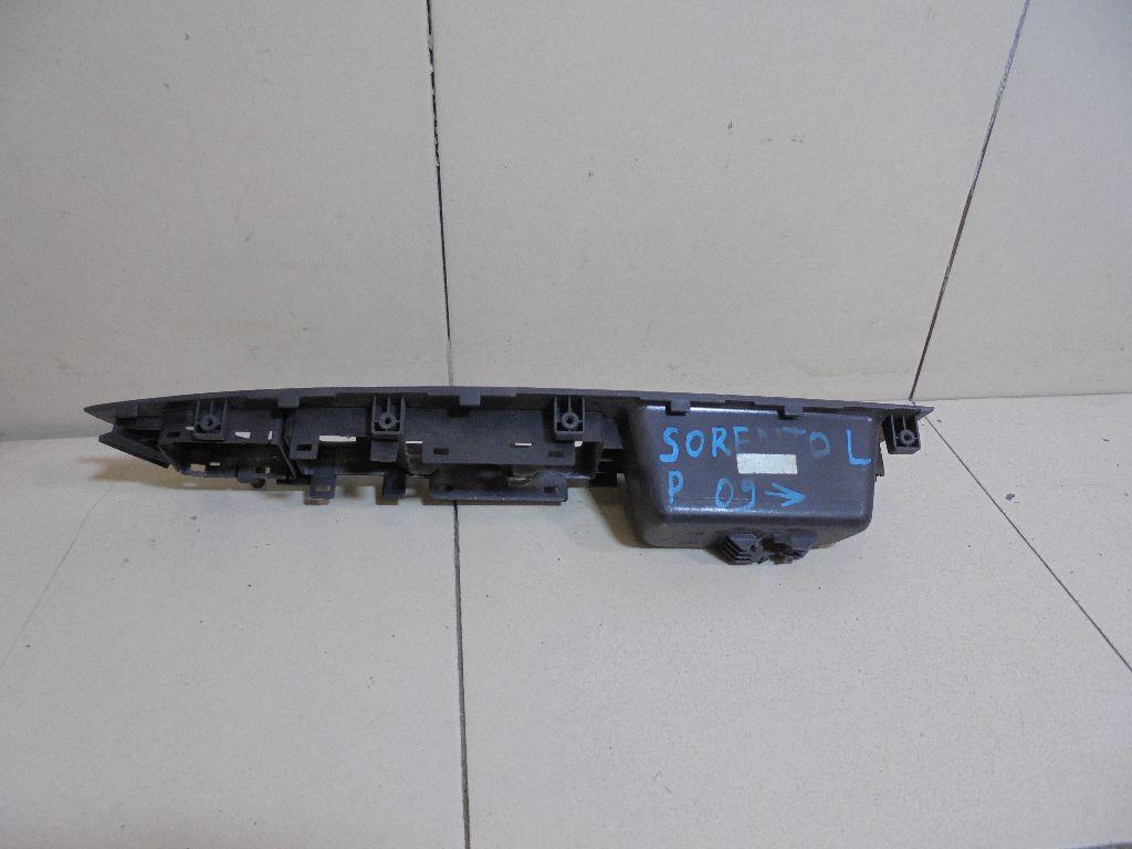 Накладка блока управления стеклоподъемниками 935722P010J7