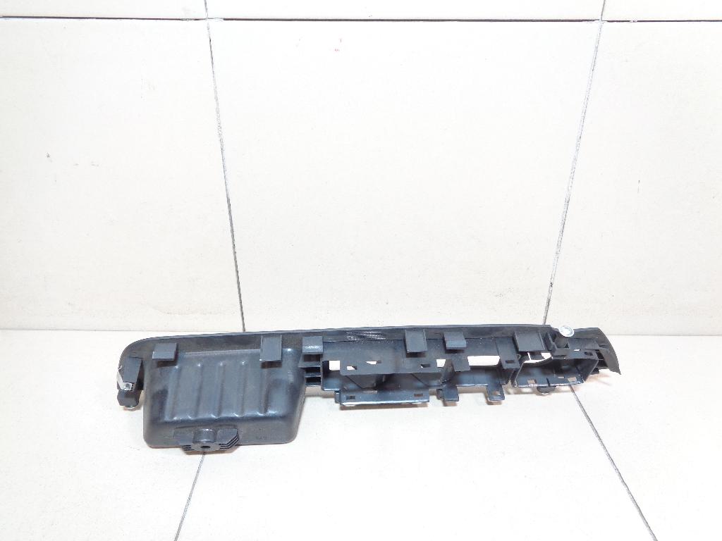 Накладка блока управления стеклоподъемниками 935721U200VA