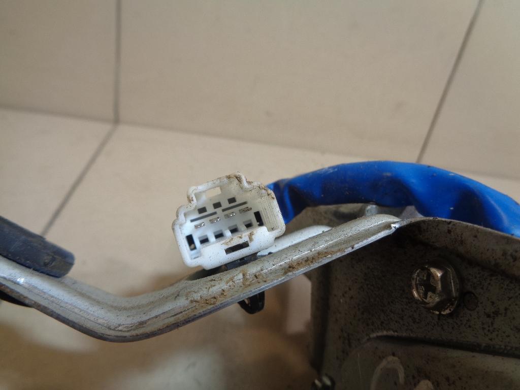 Моторчик стеклоочистителя задний 987002P000