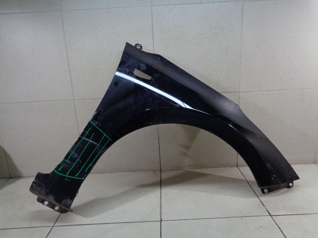 Крыло переднее правое 66321F9000