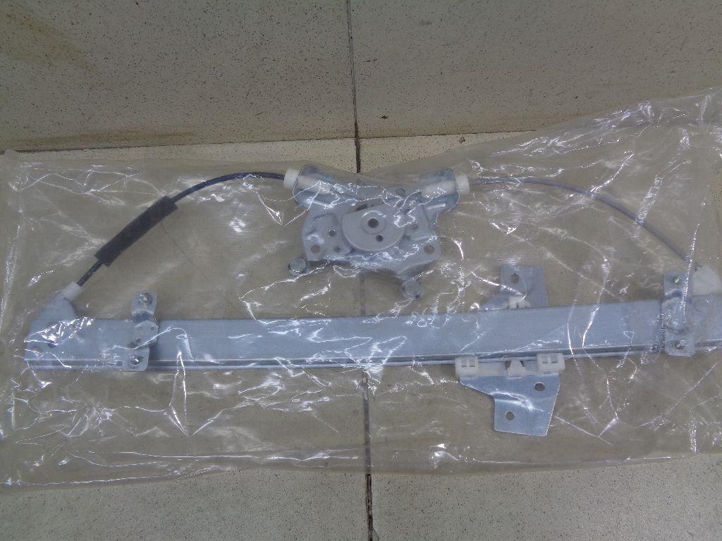 Стеклоподъемник электр. передний левый 824031C010
