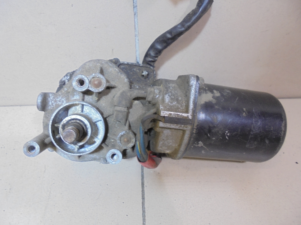 Моторчик стеклоочистителя передний 76505SX0A01