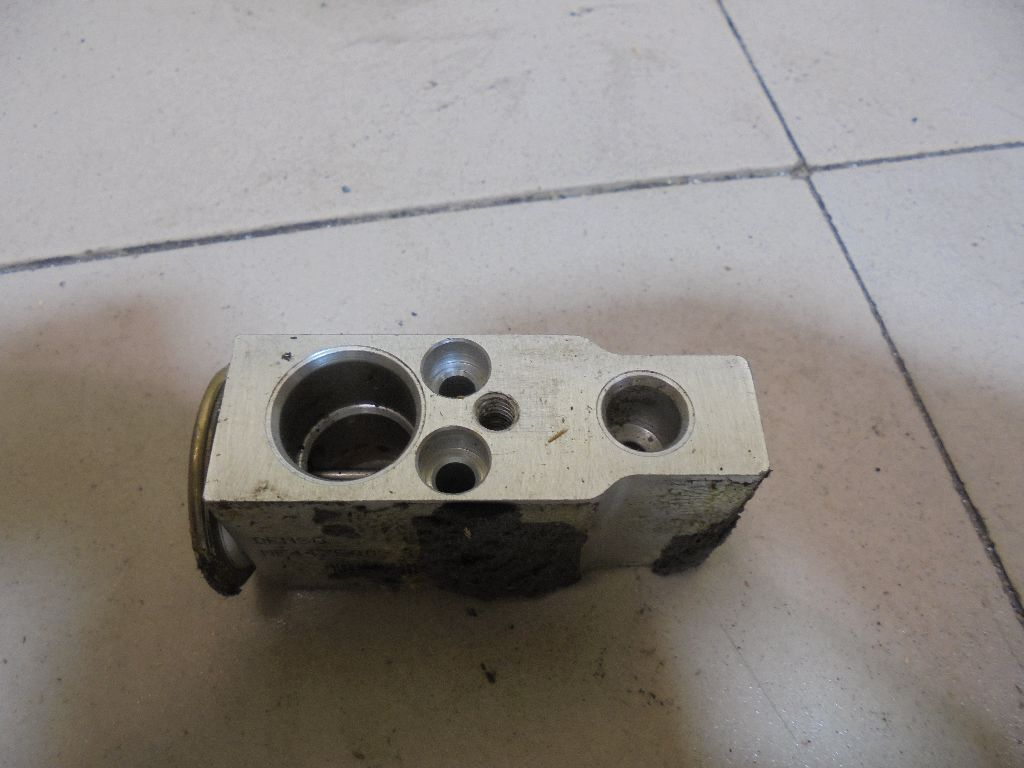 Клапан кондиционера 80221SNAA01