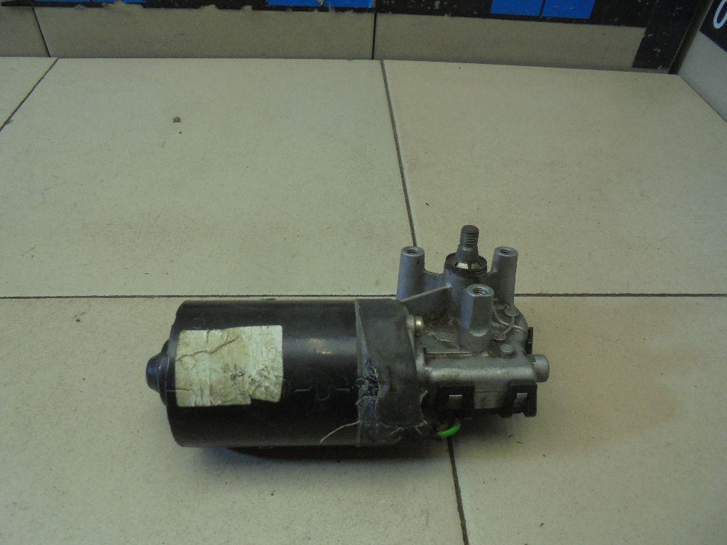 Моторчик стеклоочистителя передний 8D1955113B