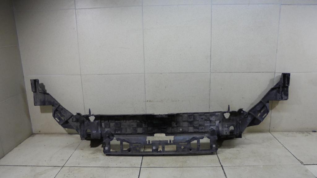 Панель передняя DS7Z16138B