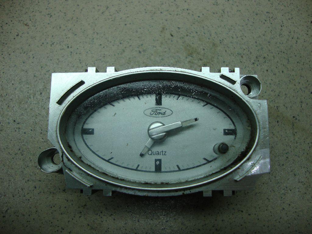 Часы 1S7115000AF
