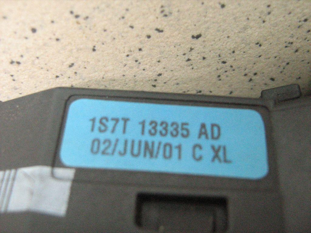 Переключатель поворотов подрулевой 1S7T13335AD