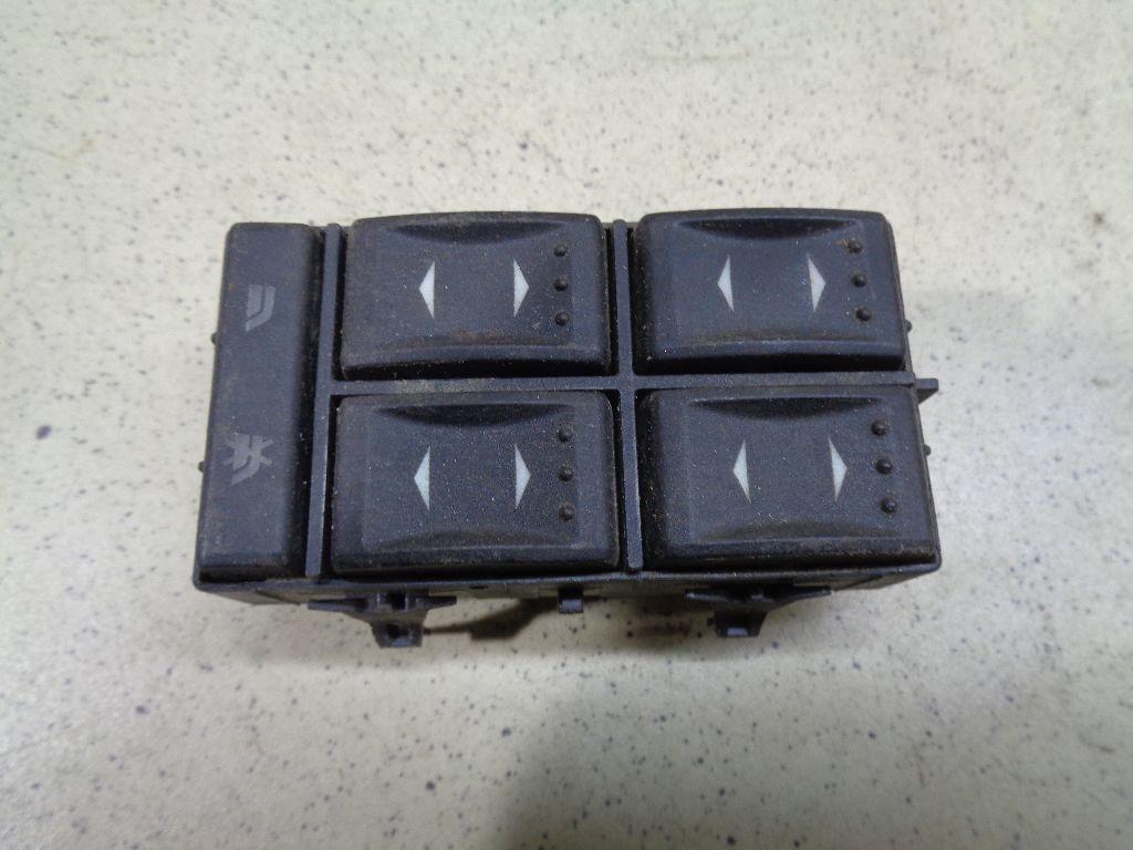 Блок управления стеклоподъемниками 1S7T14A132BD