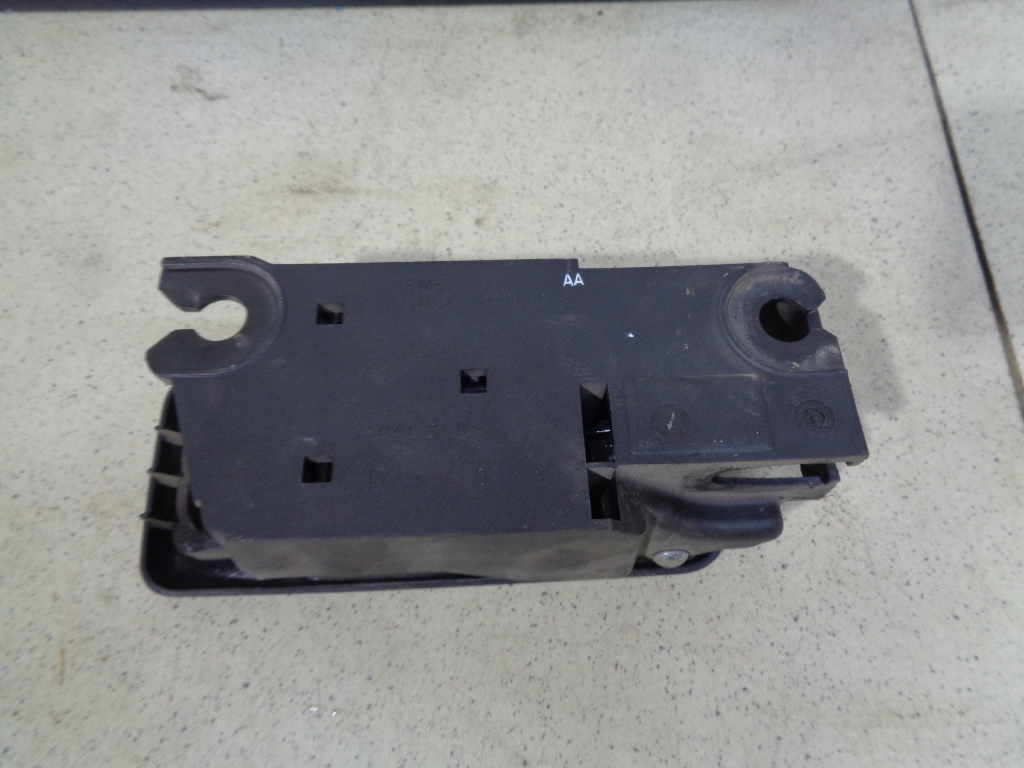 Ручка двери внутренняя правая 3M51R22600AA