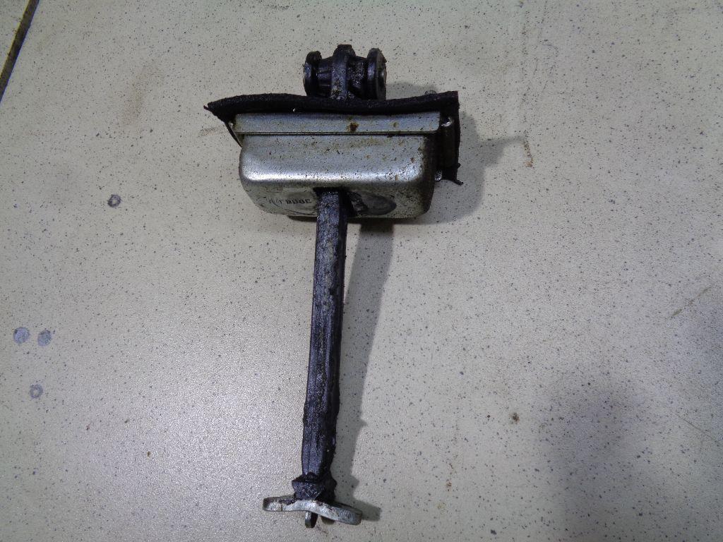 Ограничитель двери 3M51R23500AG