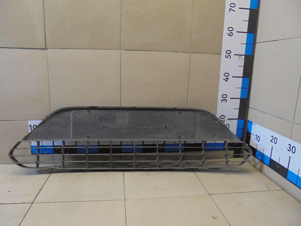 Решетка в бампер центральная 8M5117B968BE