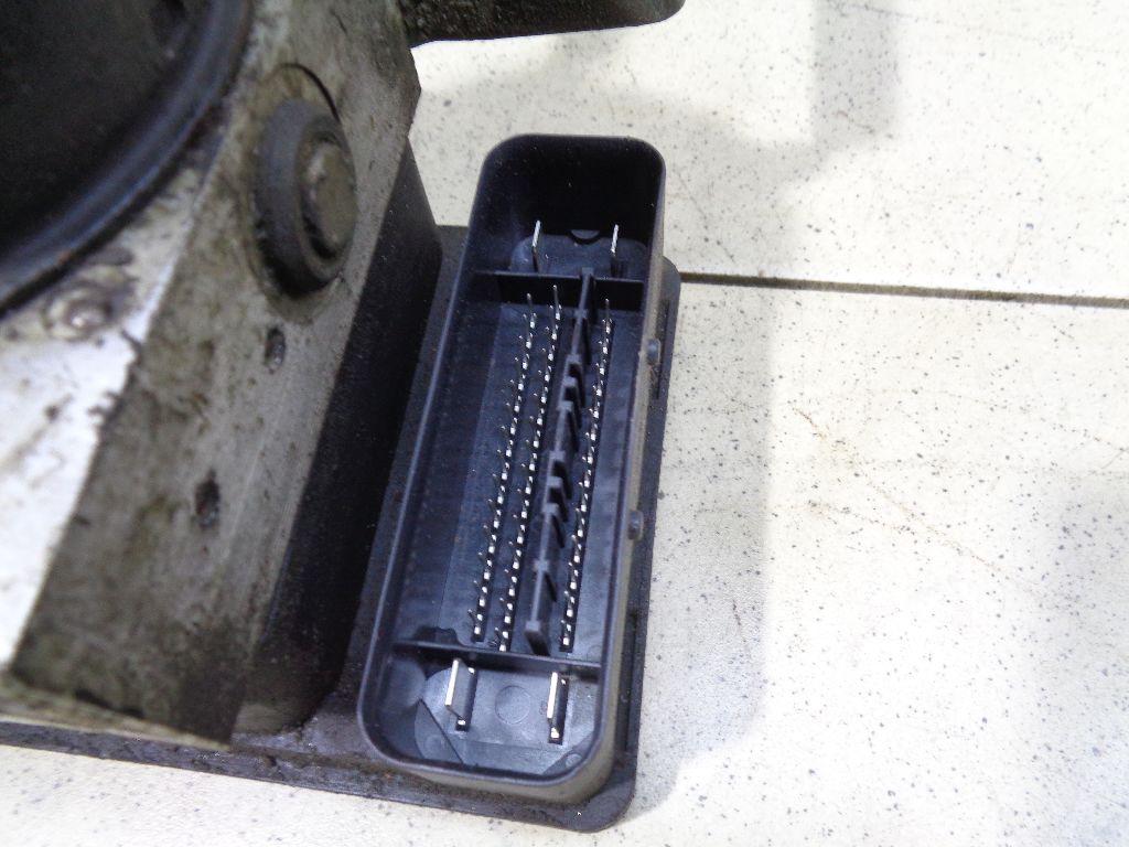Блок ABS (насос) 8M512C405AA