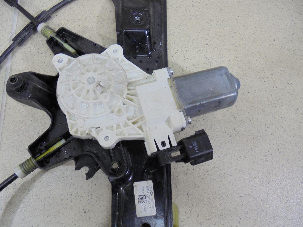 Стеклоподъемник электр. передний левый BM51A23201BE