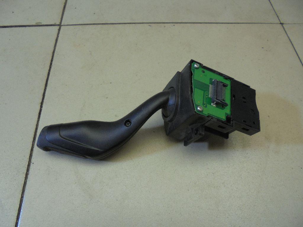 Переключатель поворотов подрулевой AV6T13335AD