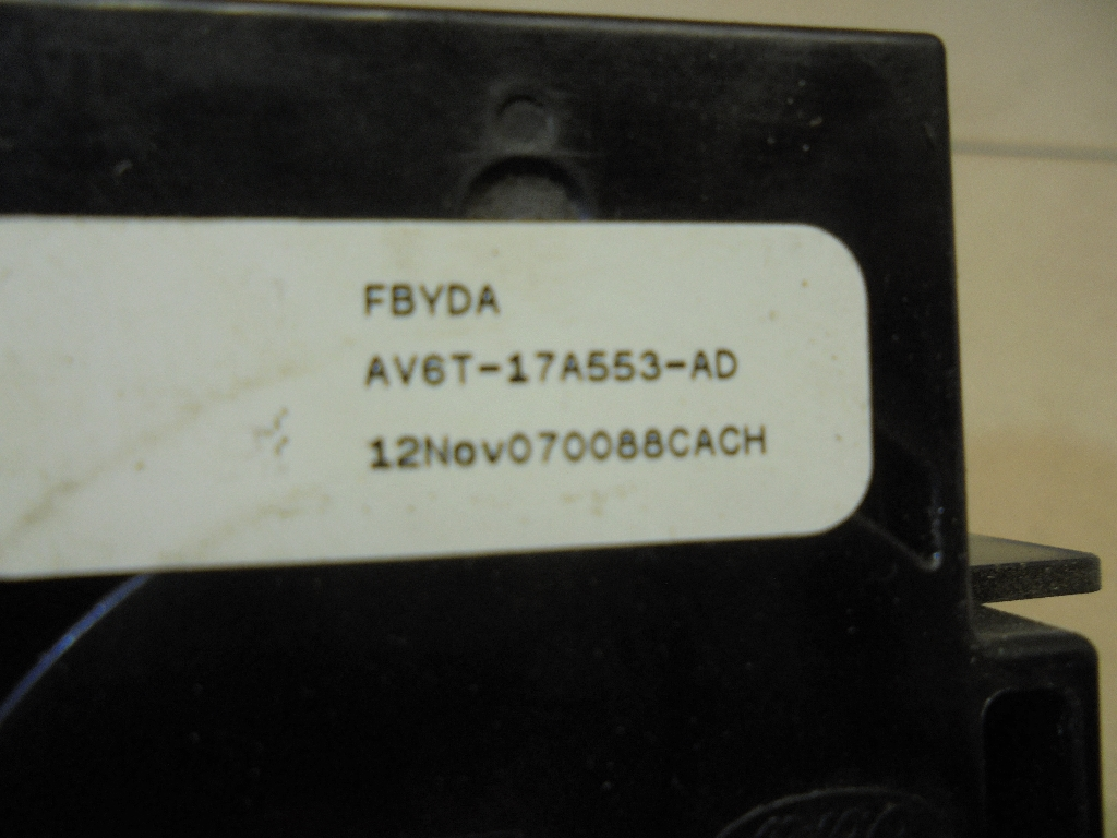 Переключатель стеклоочистителей AV6T17A553AD
