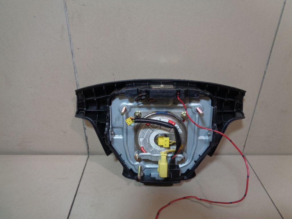 Подушка безопасности в рулевое колесо MR636200