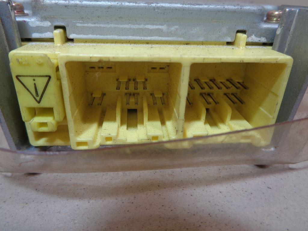 Блок управления AIR BAG MN141038