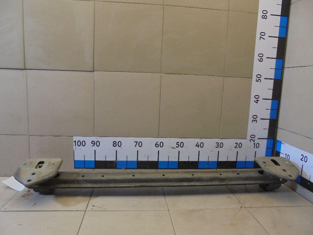 Усилитель заднего бампера 6410B197