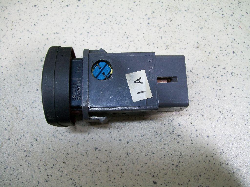 Кнопка аварийной сигнализации 96551005