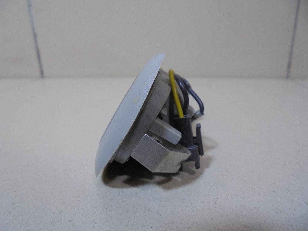 Плафон салонный M113714060