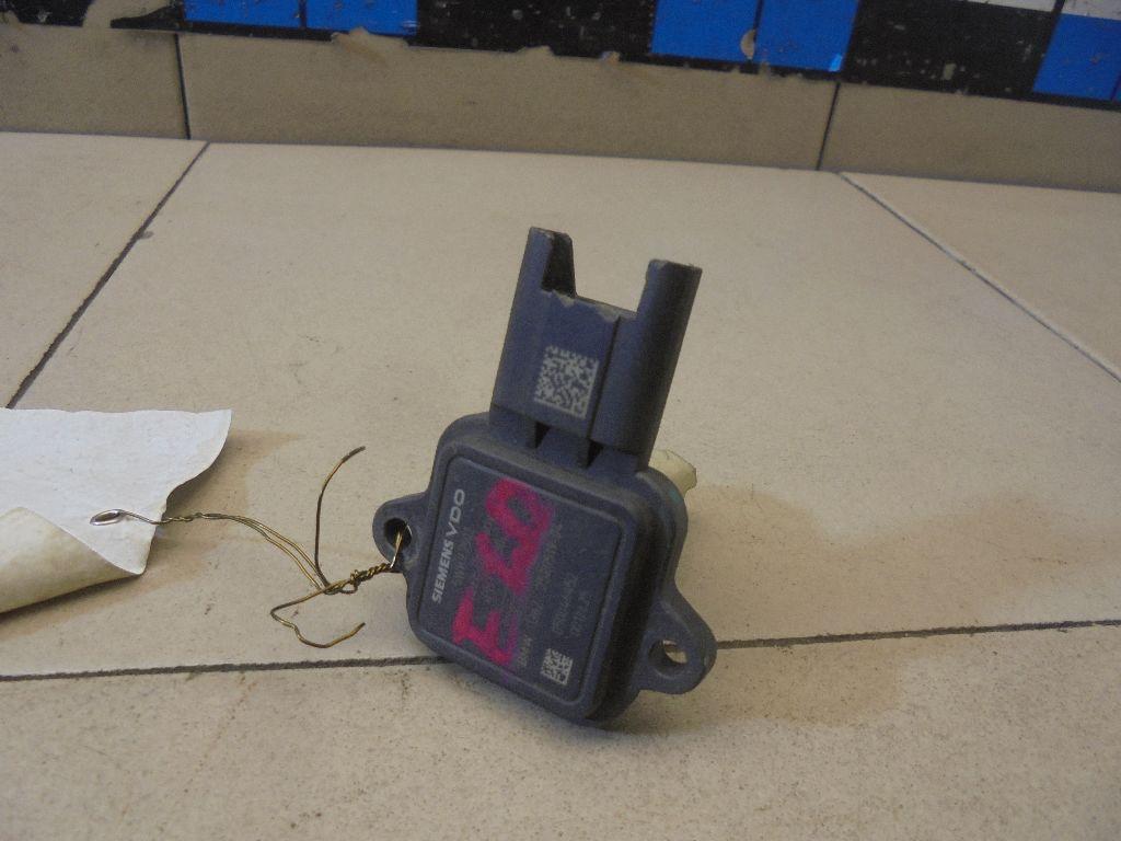 Расходомер воздуха (массметр) 13627520519