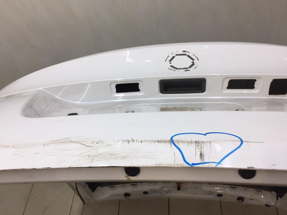 Дверь багажника со стеклом