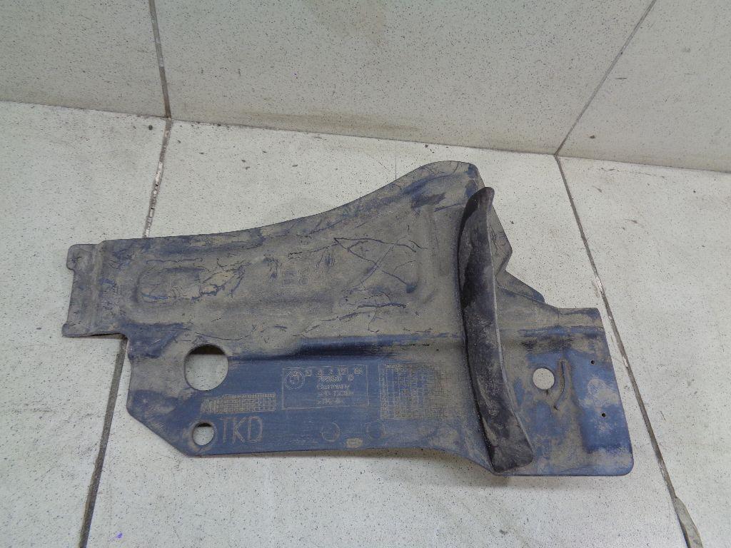Пыльник двигателя нижний правый 51752991166
