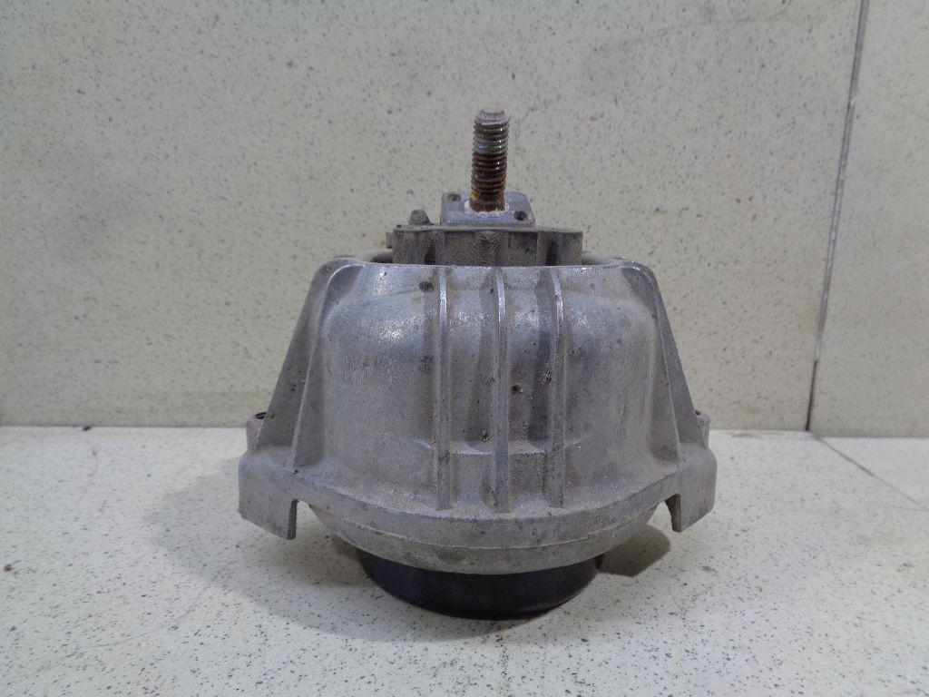 Опора двигателя 22116768800