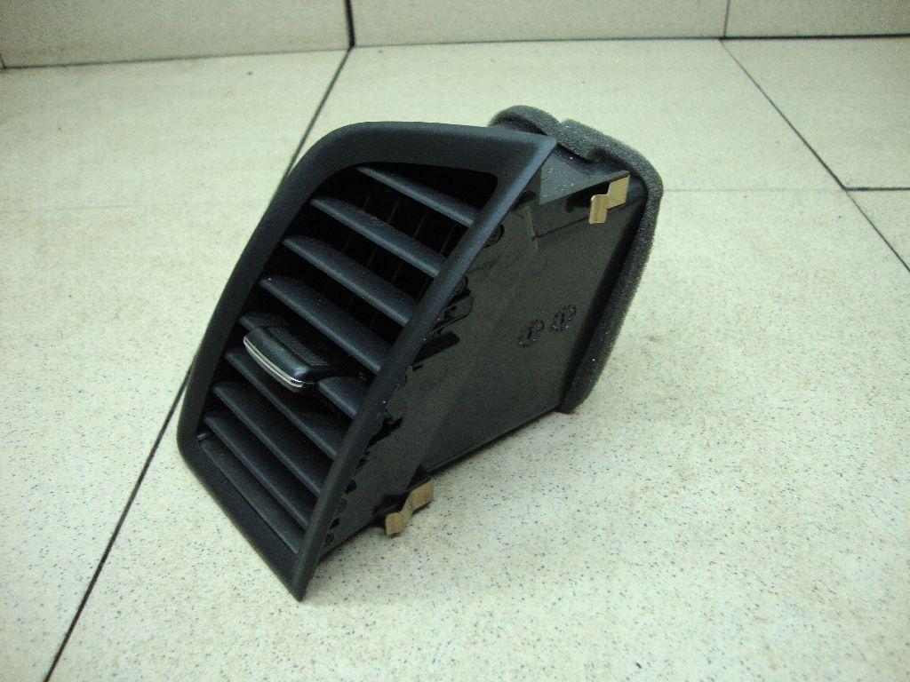 Дефлектор воздушный 8030A158XA