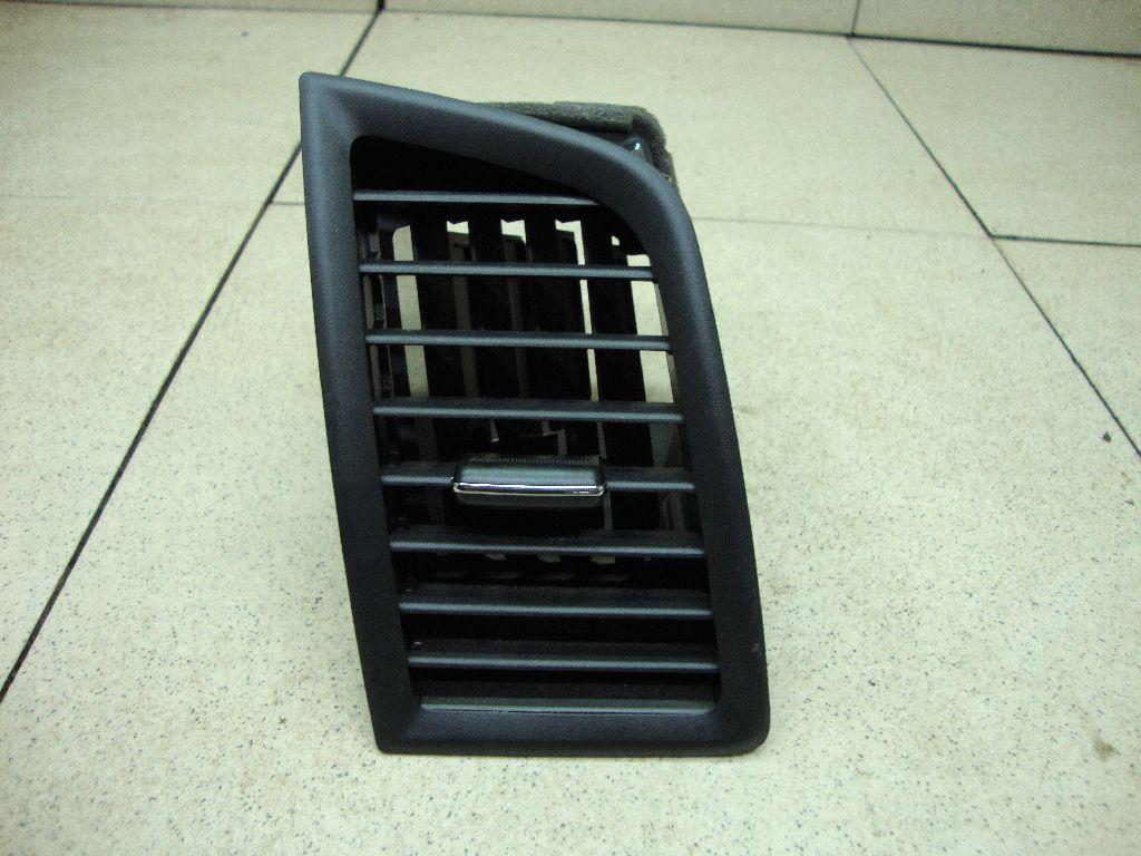 Дефлектор воздушный 8030A157XA