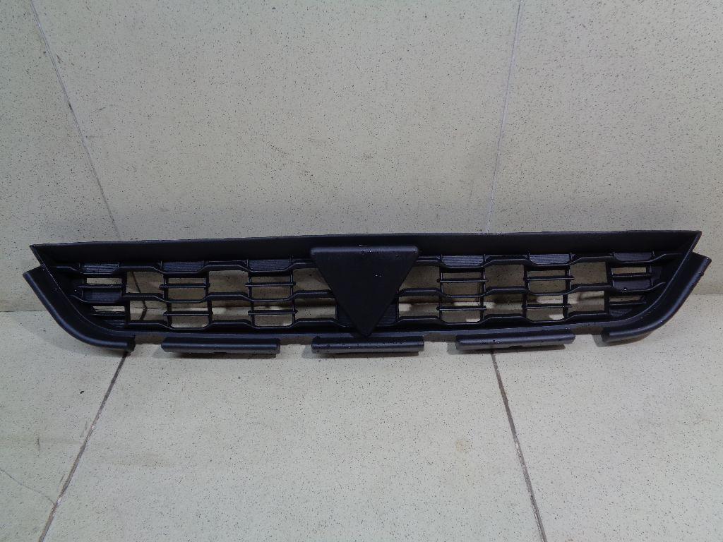 Решетка радиатора MBL12200404