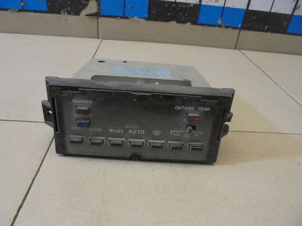 Блок управления климатической установкой 443820043F