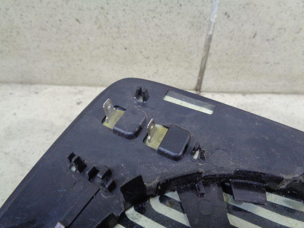 Стекло зеркала электрического левого 8R0857535E