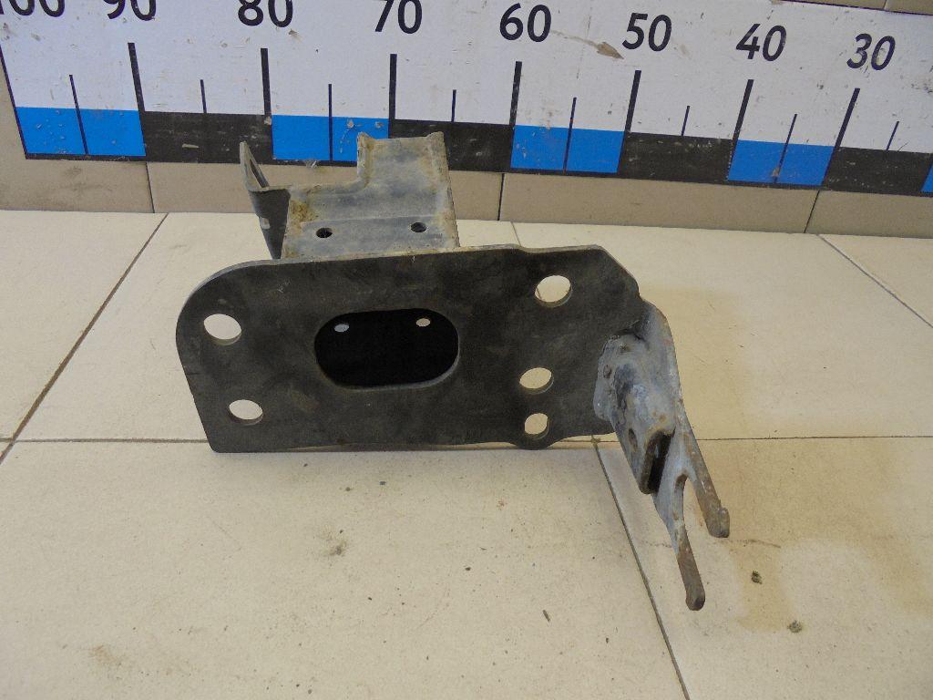 Кронштейн усилителя переднего бампера левый 4L0807133A