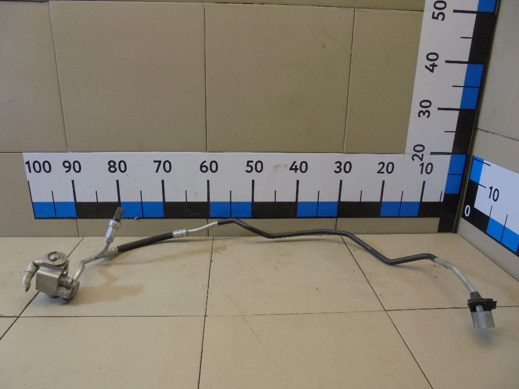 Трубка кондиционера 7L6820741D