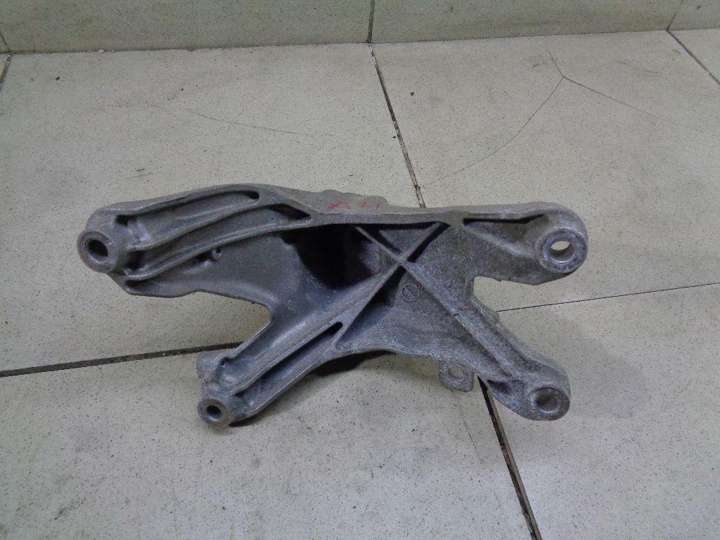 Кронштейн двигателя правый 8K0199308BT