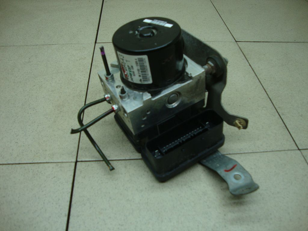 Блок ABS (насос) 4670A846
