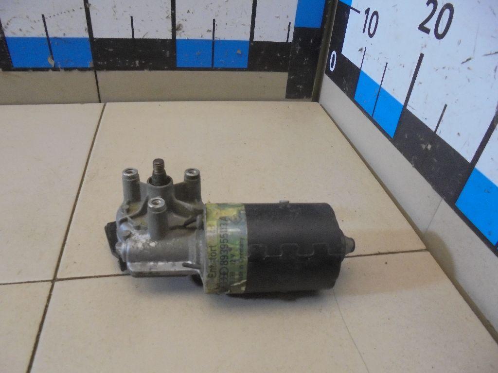 Моторчик стеклоочистителя передний 893955113A